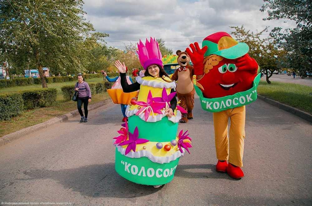 Пенсионер изМинусинска вырастил помидор-рекордсмен весом 1,7кг