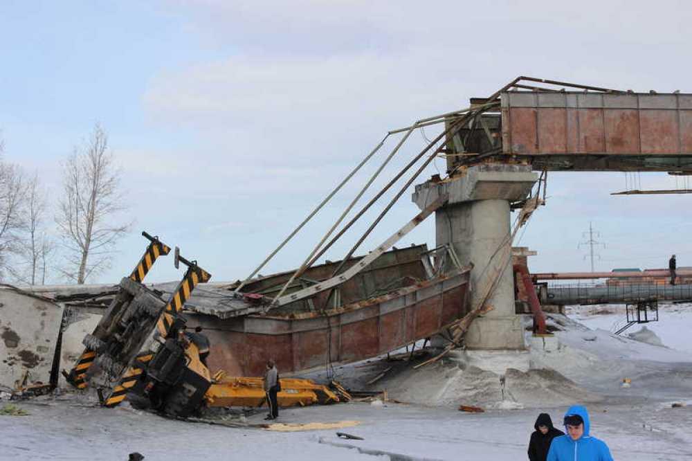 Следователи назвали причины обрушения моста вМинусинске