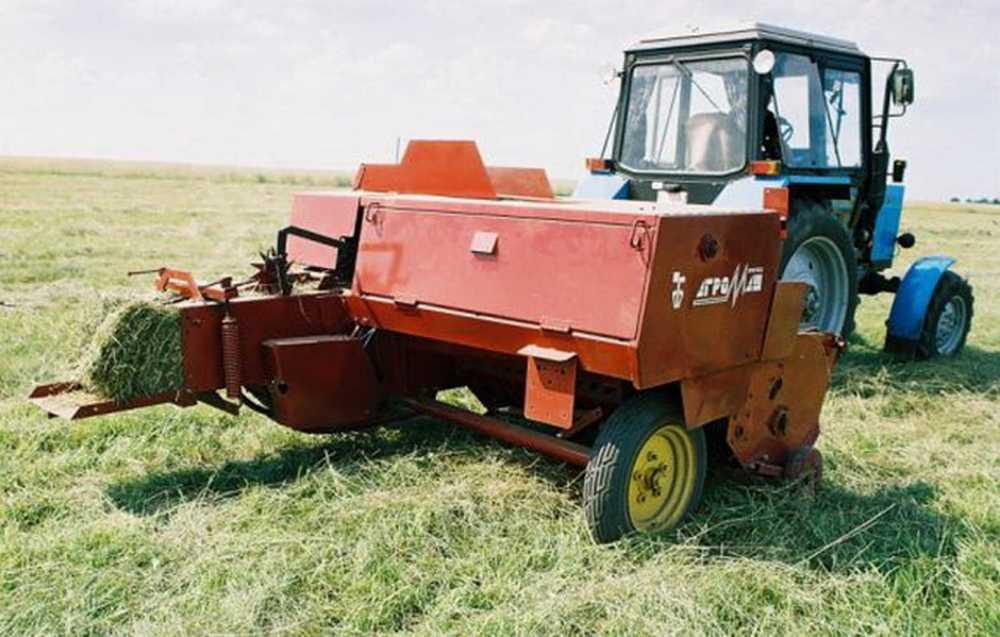 ВКрасноярском крае прессовальная машина убила подростка при заготовке сена