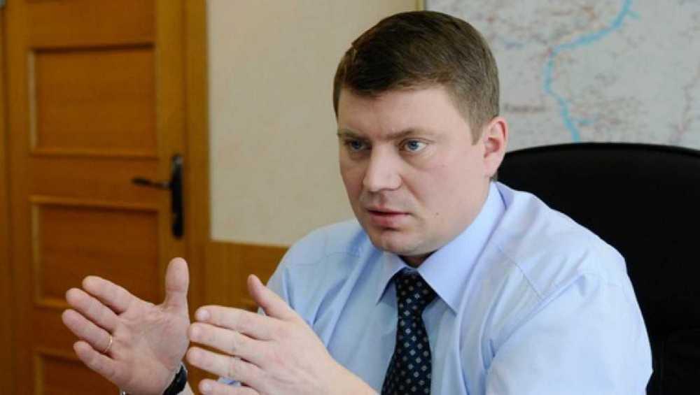 Главы города Еремина допросили поделу охищениях при строительстве моста вМинусинске