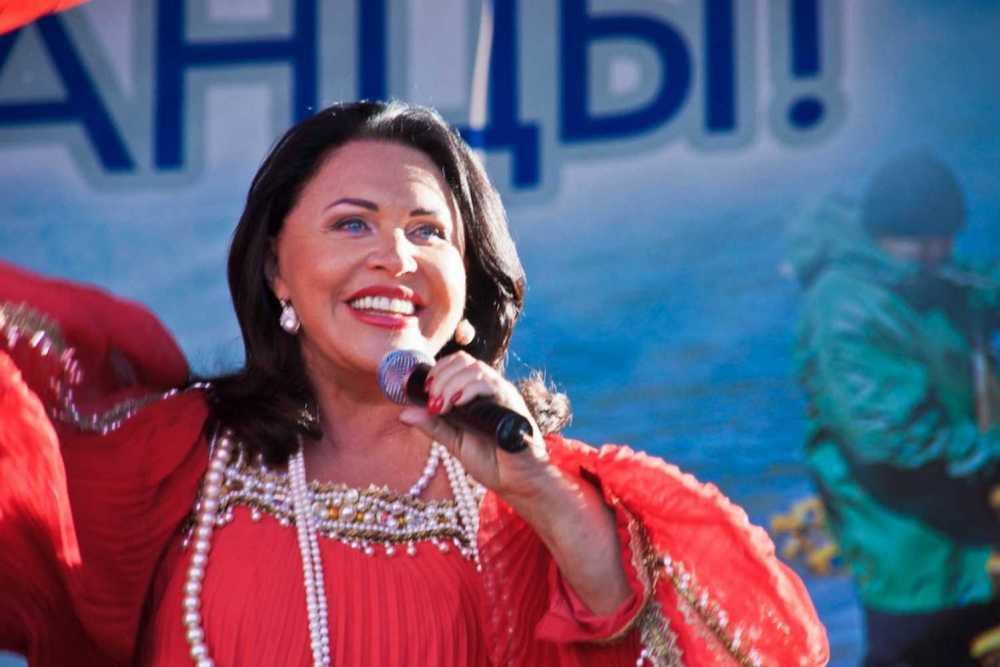 После дня города вОмске Бабкина выступит наДне помидора вМинусинске